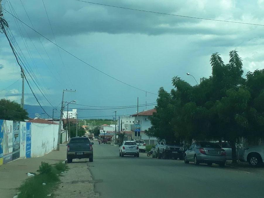 Previsão chuvas nesta segunda em Patos e região