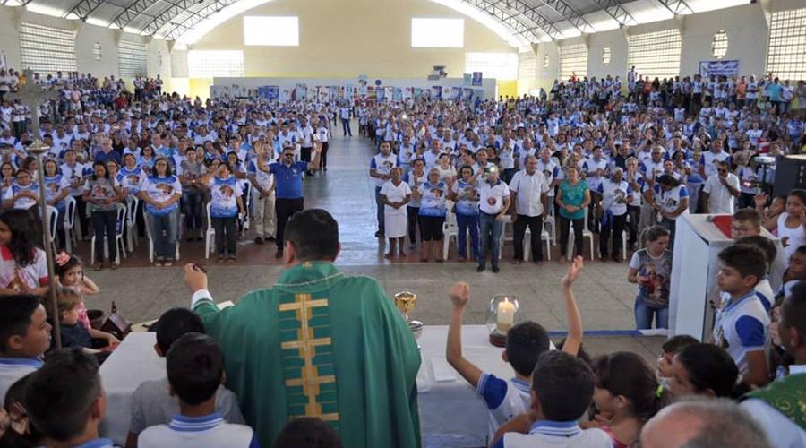 Encontro Diocesano do Terço dos Homens e Mãe Rainha reúne mais de 1.200 pessoas em Patos