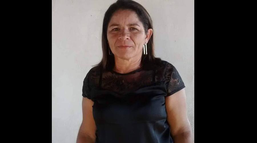 Mulher que fraturou o fêmur em dois lugares em queda de moto é submetida a cirurgia no Hospital de Patos