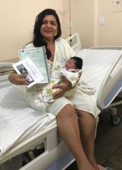 Josélia Guedes de Souza, que teve seu bebê na Maternidade de Patos em abril.