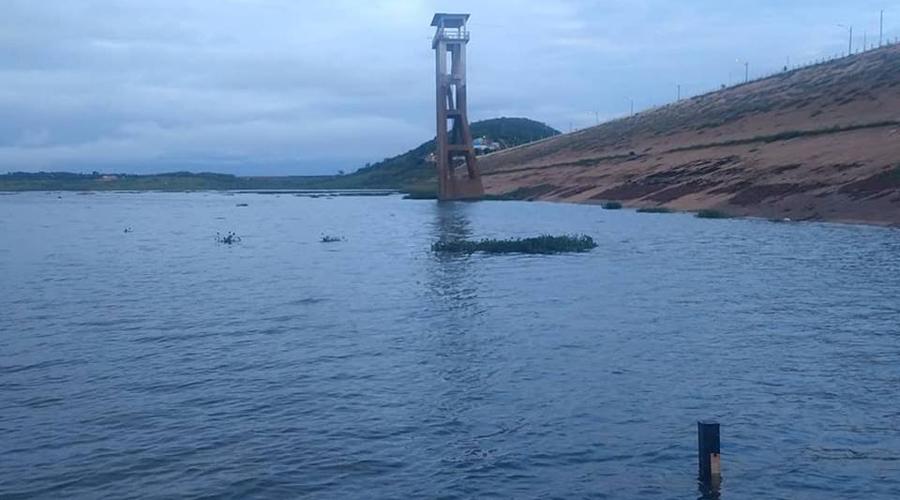 Açude de Coremas pegou quase 6 milhões de metros cúbicos d'água do dia 17 para hoje