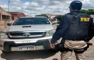 PRF recupera em São Mamede caminhonete roubada em João Pessoa e o condutor é preso