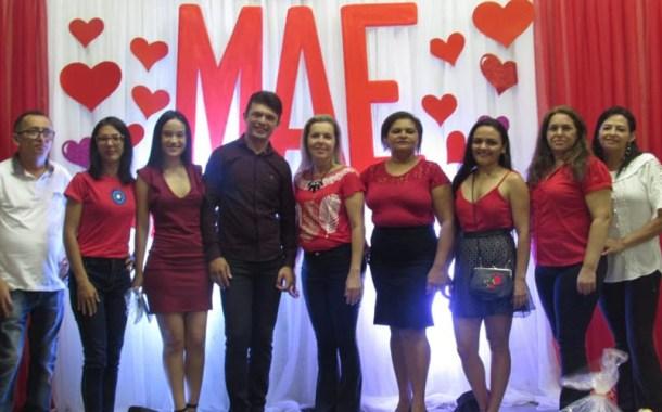 Escola Anatildes Aires, em Patos, promove evento em homenagem às mães