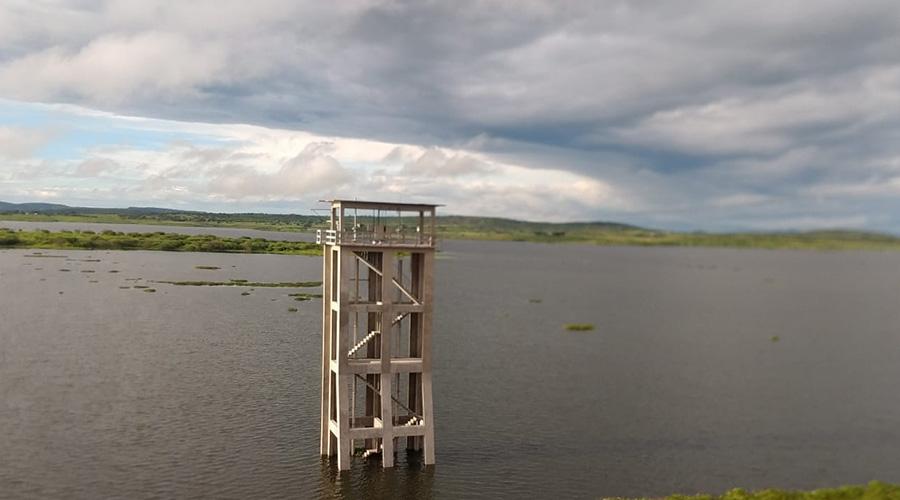 Açude de Coremas pega muita água e já se aproxima dos 20% de sua ...