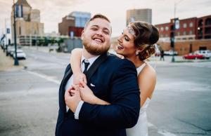Gabby & Isaac's Vintage Hollywood Glam inspired wedding in Greensboro, NC - Photo by Rob + Kristen Photography