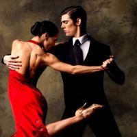 Notti di settembre: l'arte del glamour con Walter e Chiara Crucianelli
