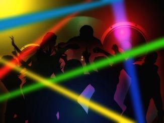 Picchiano due giovani in discoteca, a Foligno arrestati i 4 aggressori