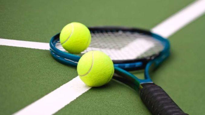 Copertura campo da tennis degli impianti sportivi per i mesi invernali a Montefalco