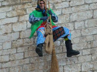 Montefalco, la Befana scenderà dalla terrazza del palazzo comunale