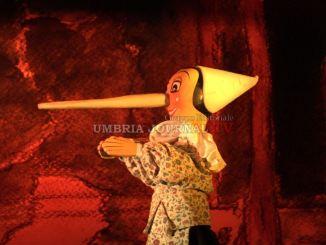 Fa tappa a Foligno il nuovo Pinocchio del teatro umbro dei burattini
