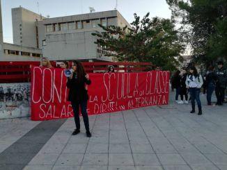 Scuola, a Foligno proteste studentesche e FGC in piazza