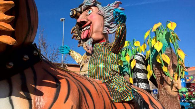 Impazza il Carnevale dei Ragazzi, a Sant'Eraclio stupore e meraviglia
