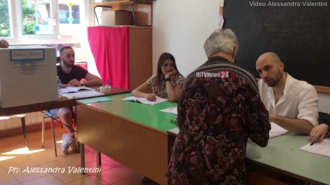 Le affluenze e i risultati del ballottaggio a Foligno e in Umbria
