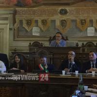 Consiglio comunale di Foligno approva variazione di bilancio