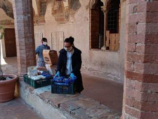 Caritas Foligno e fondazione Baldaccini aiutano gli ultimi