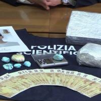 Polizia Foligno arresta straniero, aveva oltre 1 kg e mezzo di cocaina 📸 FOTO E VIDEO 🔴