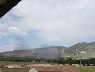 Incendio al campo Rom di via Londra a Foligno, c'erano bombole gpl