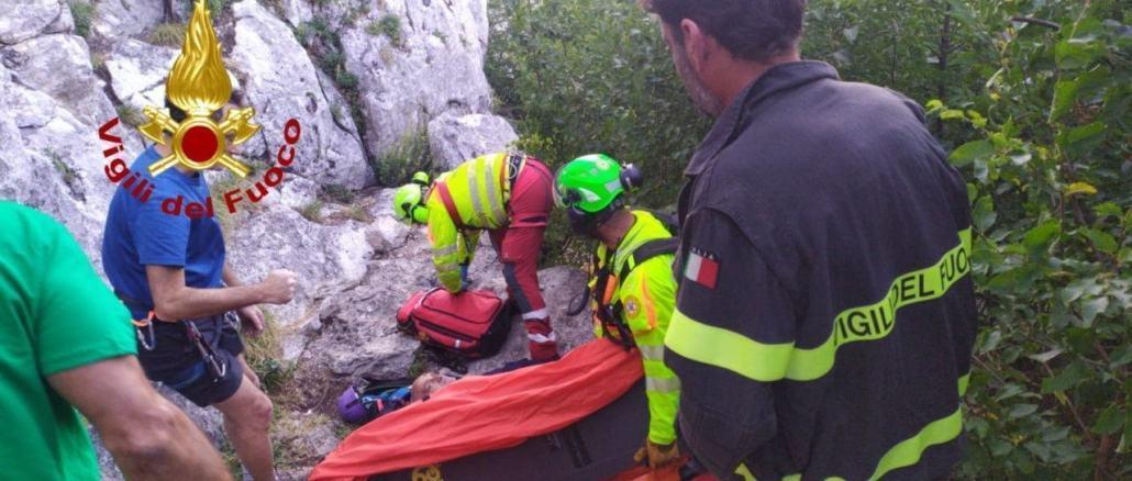 Scivola in arrampicata a Trevi, giovane escursionista in ospedale a Perugia