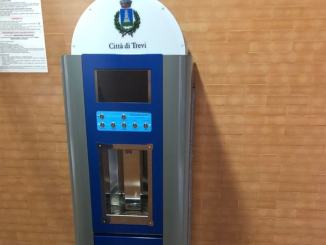 Trevi, Comune 'Plastic free', si parte dalle scuole, installato erogatore