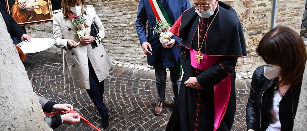 """Inaugurata a Montefalco la casa """"Patris corde"""" per padri separati"""
