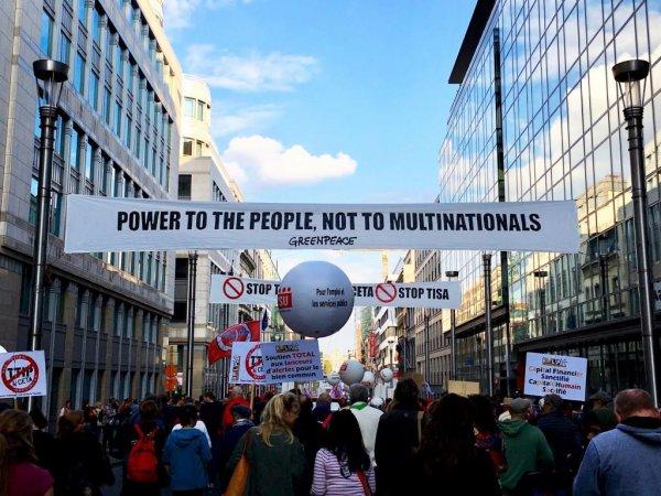Folkebevægelsen I Stor Demonstration Mod TTIP Og CETA I Bruxelles
