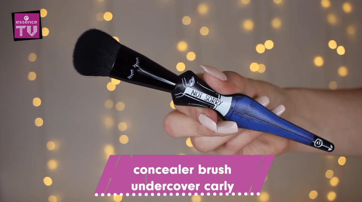 essence-girl-squad-concealer-brush