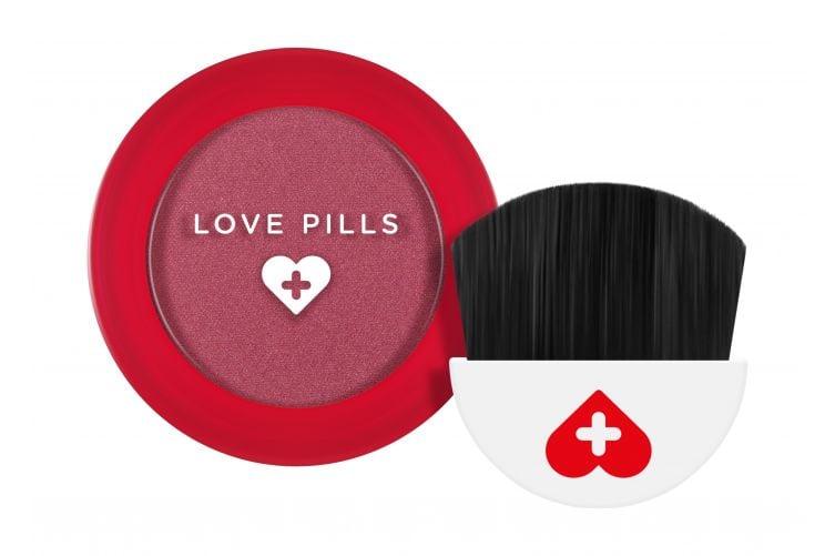 wycon-love-pills-blush-01