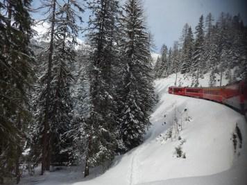 eisenbahn im schnee 2