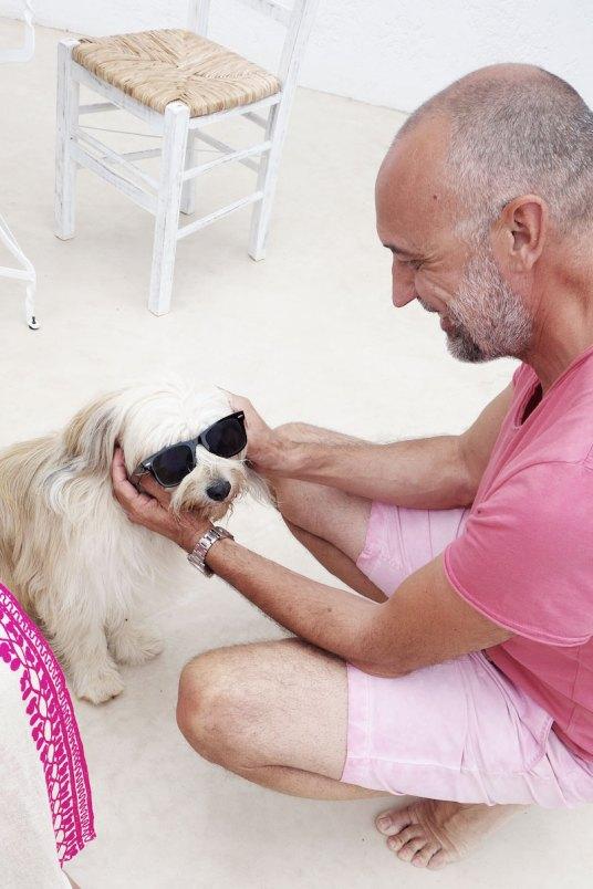 Martin-mit-Hund-Villa-Zoe-Kreta