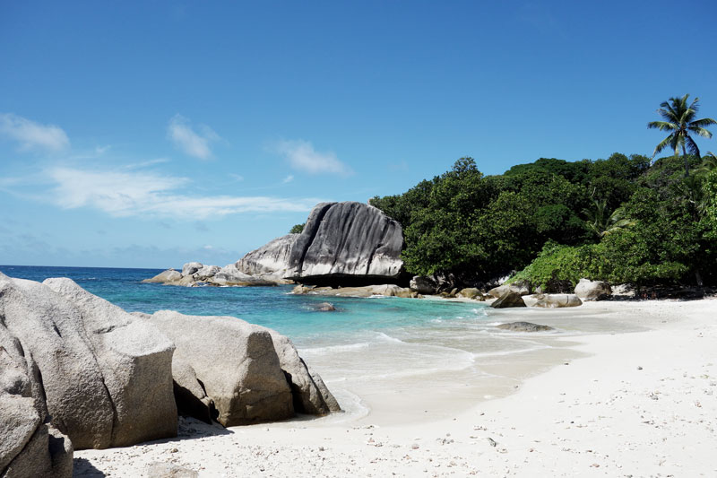 Beach-Six-Senses-Seychellen