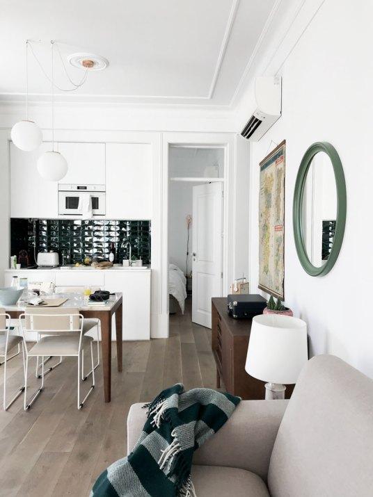 livingroom-apartment-lisbon