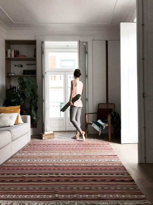 yoga-the-lisboans-apartment