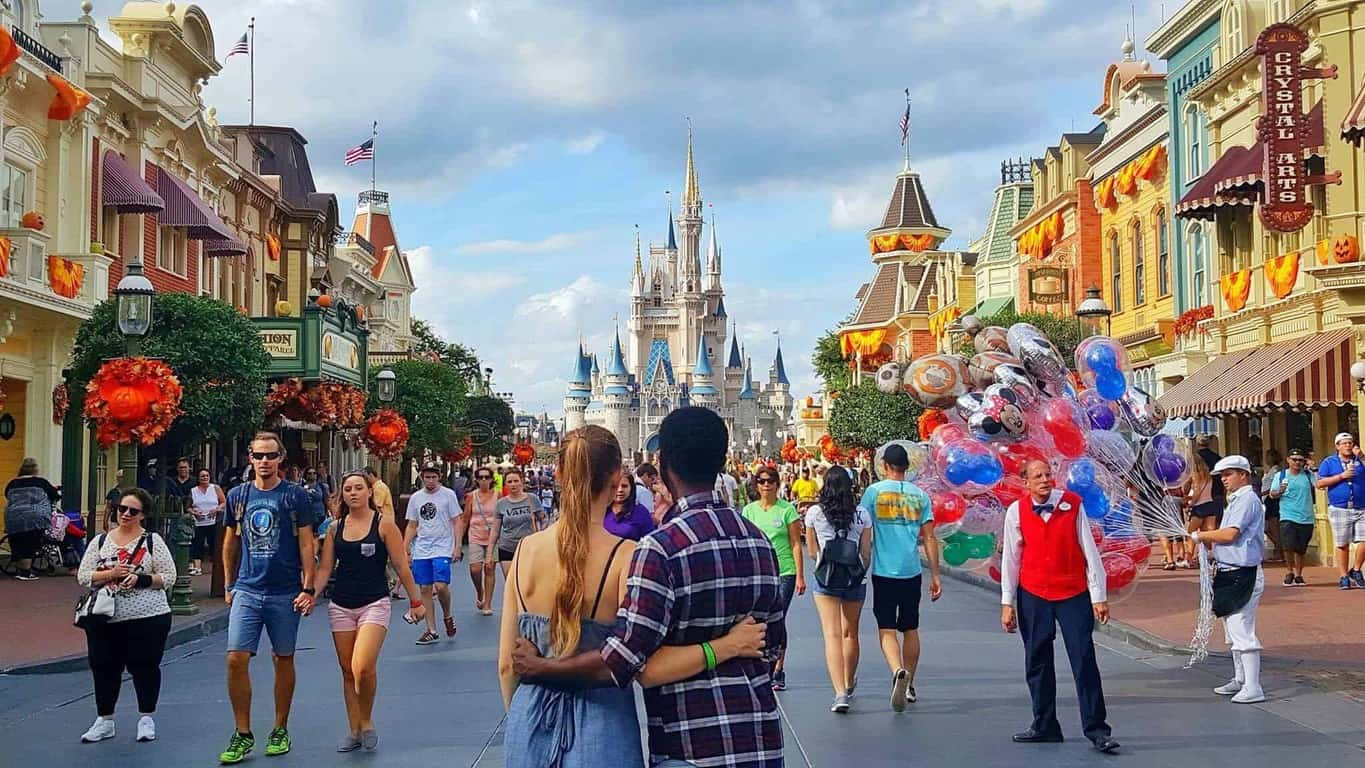 a3f6df4499f1 7 Big Mistakes To Avoid When Planning A Trip To Disney - Follow Me Away