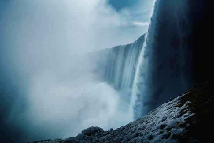 Top 5 Instagram-Worthy Spots To Photograph Niagara Falls | What To Do In Niagara Falls | Things To Do In Niagara Falls Canada | One Day In Niagara Falls | Things To Do In Niagara Falls | Best Niagara Falls Photography | Follow Me Away Travel Blog