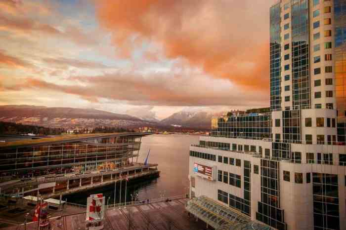 What To Do In Vancouver On Your First Visit | Best Things To Do In Vancouver | Best Vancouver Itinerary | Where To Eat In Vancouver | Vancouver Canada Travel Tips