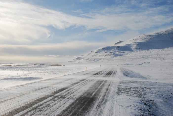 how to drive in winter in iceland   iceland winter driving tips