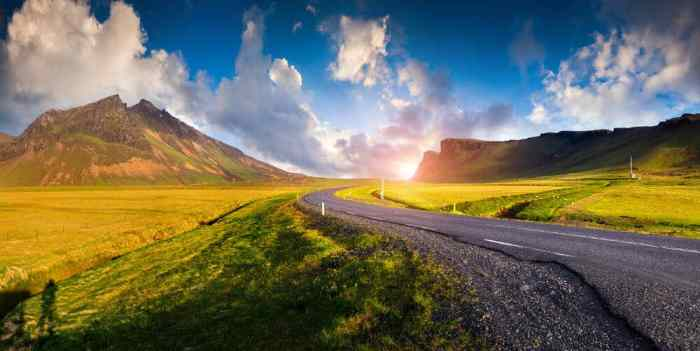 7 Big Mistakes To Avoid When Driving In Iceland + 20 Tips