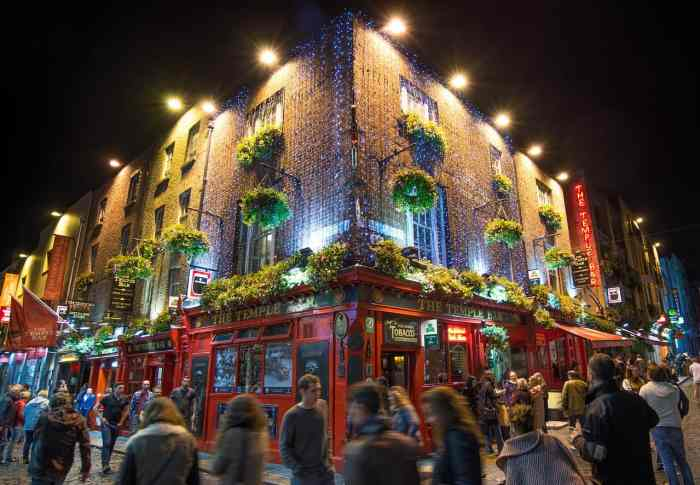 visit temple bar on your ireland road trip after you fly into dublin
