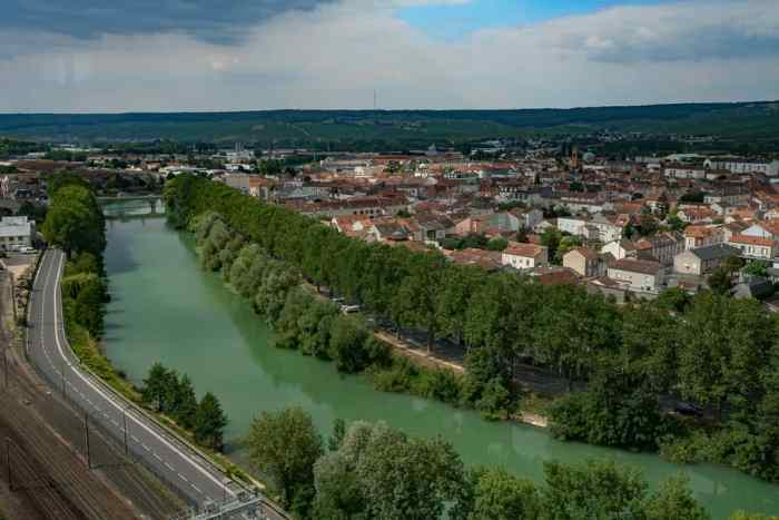 best day trips from paris Epernay