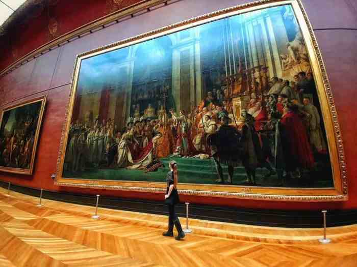 Visit the louvre on your Paris itinerary | see art at the louvre