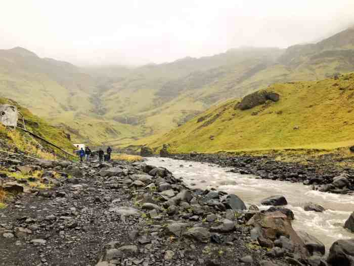 Hiking to Seljavallalaug hot springs in Iceland