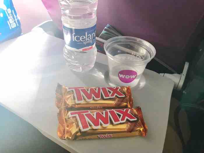 WOW air food on the plane