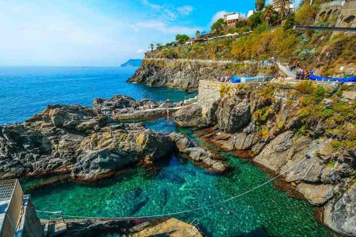 17 Of The Prettiest Italian Islands You Must Visit