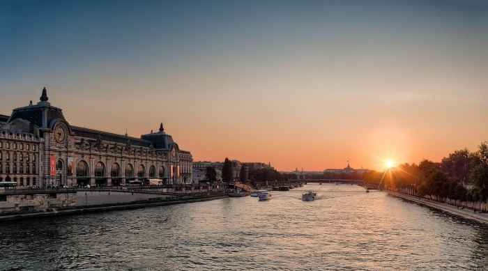 The Seine Is The Most Magical Paris Sunset Spot