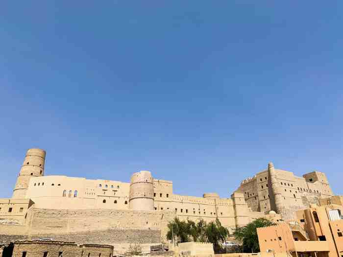 Explore Bahla Fort, One Of The Lesser-Known Oman Tourist Places