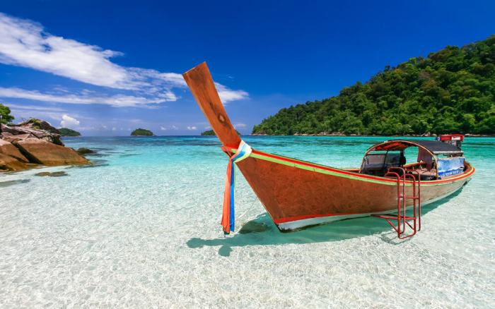 Visit the stunning Koh Lipe island when planning a trip to Thailand