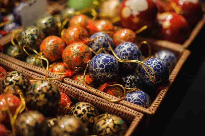 Explore artisan goods at the Stein am Rhein Christmas market