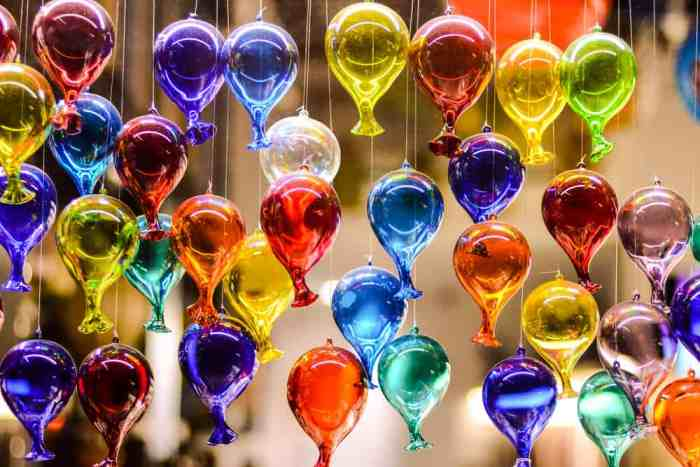 Murano glass is a perfect souvenir of one day in venice