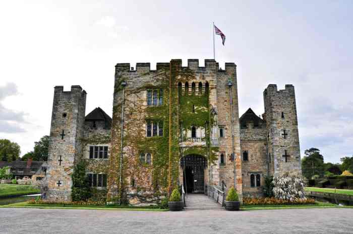 Hever Castle with vines