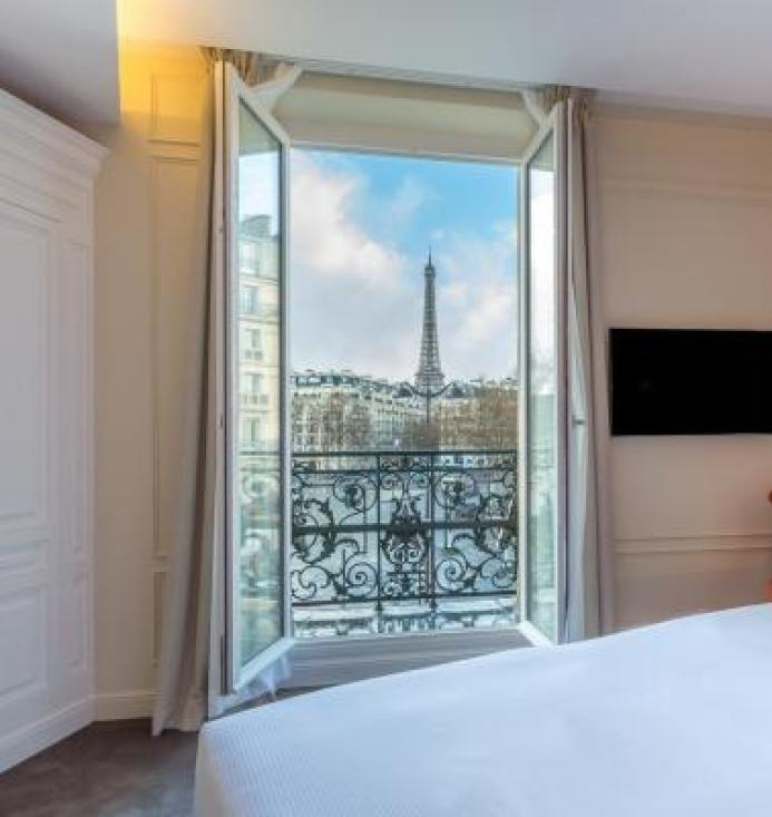 Hotel La Comtesse Paris offers Balcony Eiffel Tower views